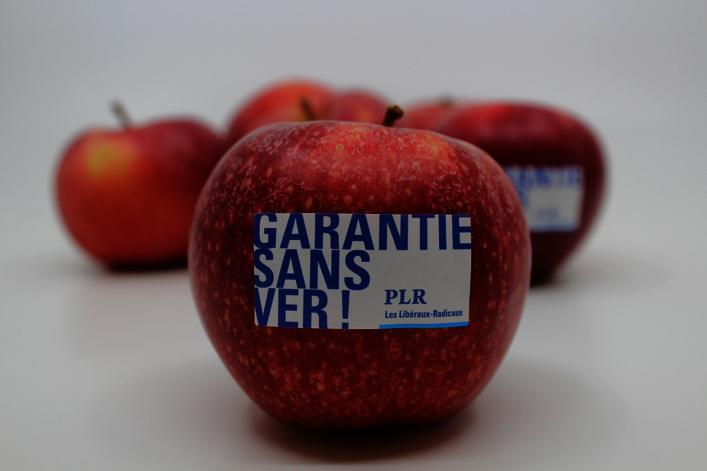 Le PLR offre des pommes garanties sans ver